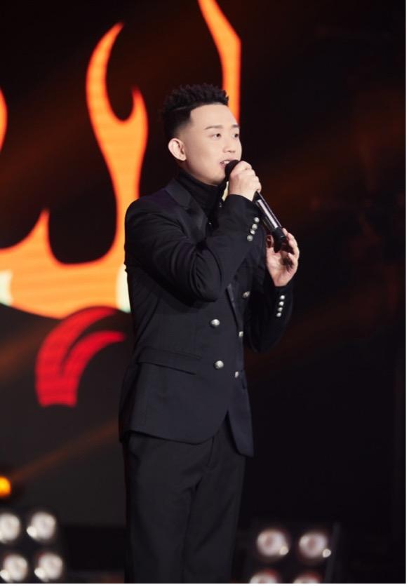 北京台春晚:周延成功追星万茜 许魏洲乔欣再合作