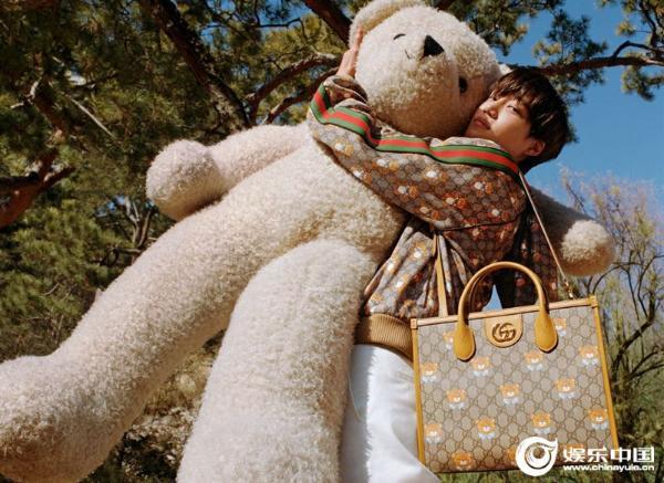 """Gucci全球大使""KAI成为Gucci一百周年纪念Capsule Collection主人公"
