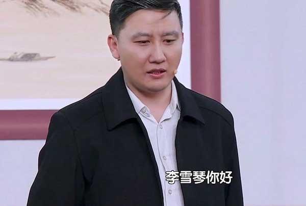 """北京台春晚:迪丽热巴宋小宝成""""最强肤色差"""" 李雪琴跨行演小品"""