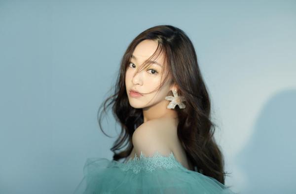 高天妮《季节独奏》白色情人节上线 谱写怦然心动的浪漫恋曲