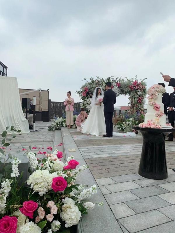 朱珠3月18日在京举办婚礼 丈夫为圈外人