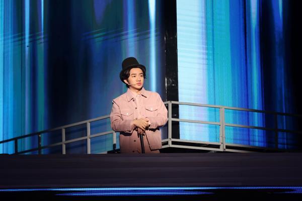 《接招吧前辈》王祖蓝实力模仿上演英文版音乐剧双簧