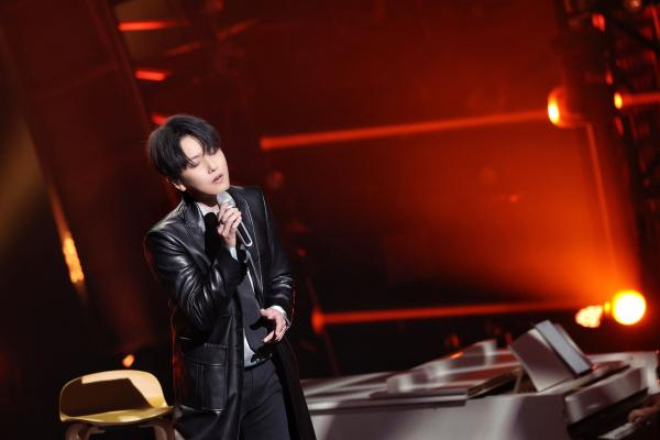赵泳鑫回归《天赐的声音》 倾情演绎奉上完美弹唱舞台