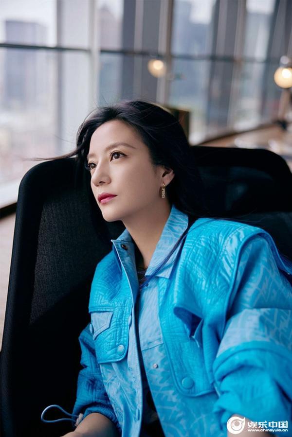 《学区房》先导预告释出 赵薇饰演何嘉如引期待