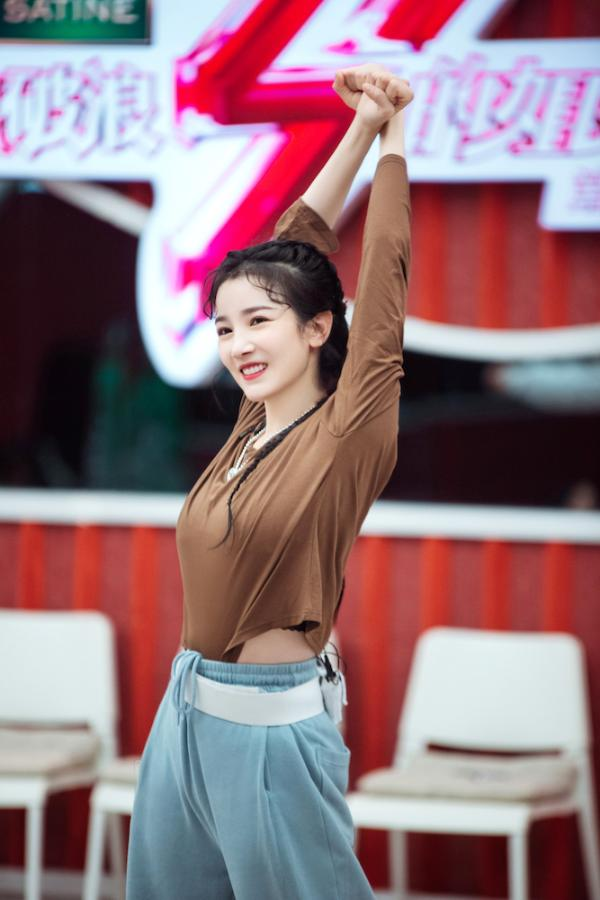陈小纭《乘风破浪的姐姐》第二季表达真实想法 五公热舞勇敢踏浪