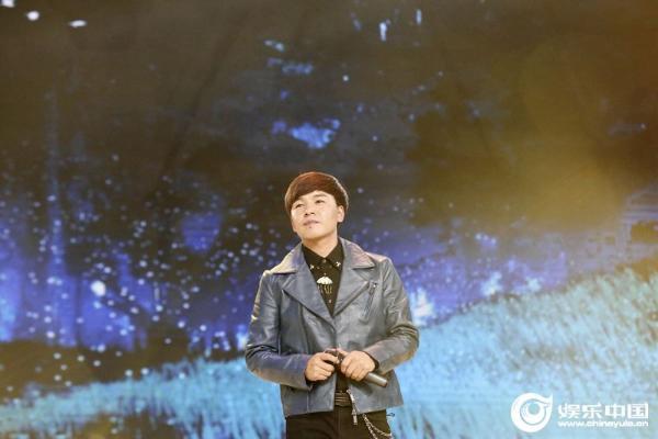 歌手旦增尼玛原创单曲《神鸟》正式上线 深沉乡情显纯粹虔诚