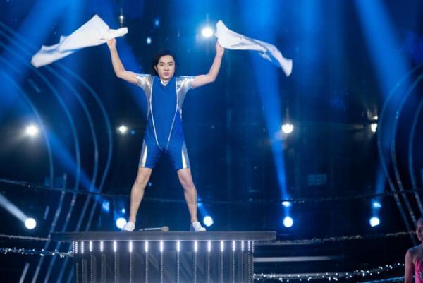 《百变大咖秀》王祖蓝横跨文体两界 再现百变实力