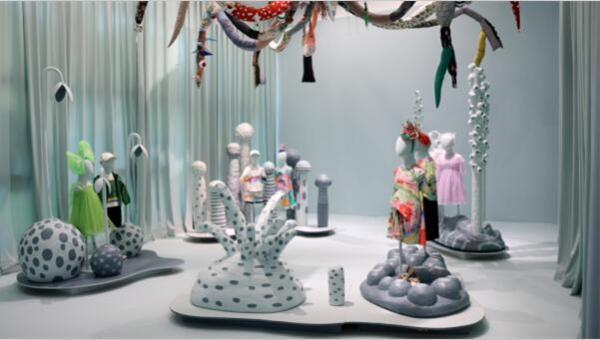 MIIDII谜底印花装置艺术双年展成都举行