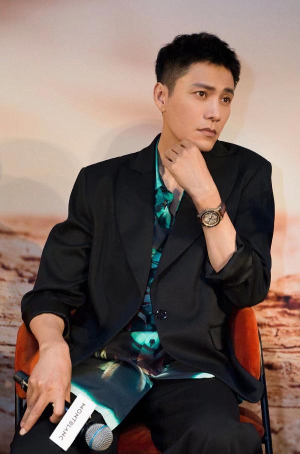 """陈坤亮相2021""""钟表与奇迹""""上海高级钟表展 邂逅都市腕间的沙漠来客"""