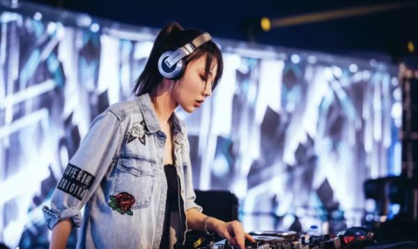 华纳音乐推出首个亚洲电音厂牌 Whet Records