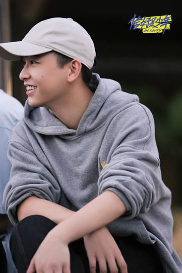 彭昱畅在《向往的生活》里撒欢 于《恰好是少年》中上头