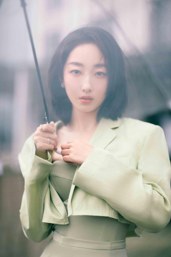 蒋梦婕五四青春歌会 话剧《信念》展露表演实力