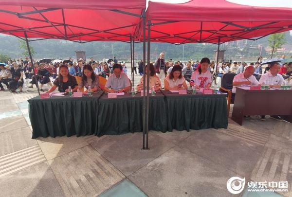 """第四届""""唱响红云崖""""歌唱比赛半决赛首场获成功 参赛歌手都是""""金嗓子"""""""