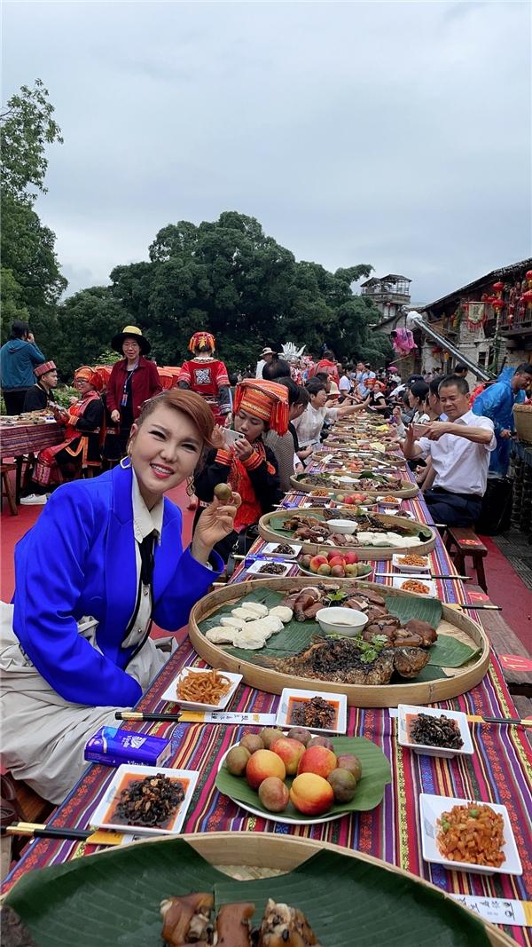 《歌声里的中国》乌兰图雅带你走进贺州·黄姚古镇