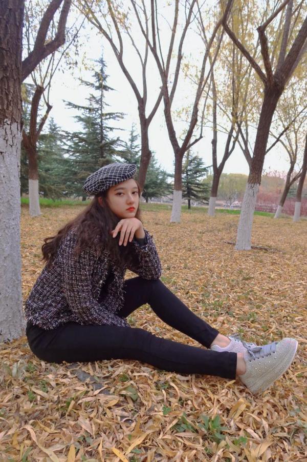 中国原创歌手宋美阅,用音乐唱响心声《艺术家》
