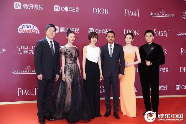 电影《中国医生》《长津湖》剧组亮相第24届上影节红毯