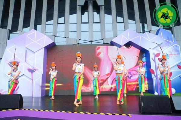 """第十届中国花卉博览会""""成都(上海)城市主题日""""主题活动顺利举行"""