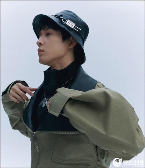 吴宇恒时尚新片诠释随性质感 展望未来稳步前行
