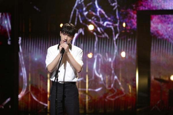 《28岁的你》许魏洲摇滚演唱海丰民谣 感受百年的青年力量