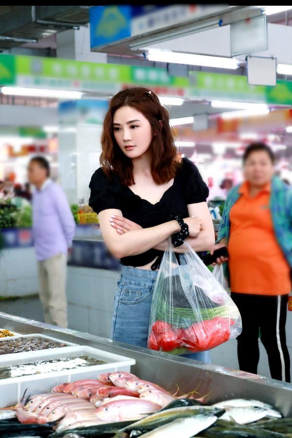 """《完美的夏天2》Twins组火锅局破冰 利路修玩""""魔鬼秋千""""悟人生哲理"""
