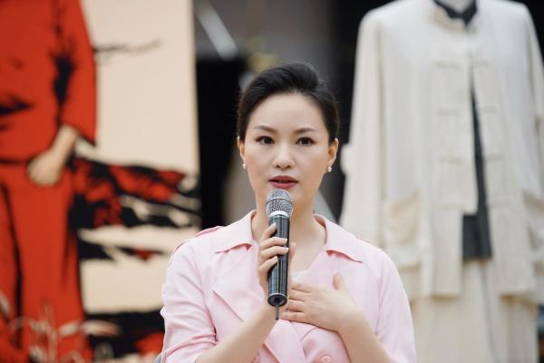 大剧院版《党的女儿》首演在即 雷佳惊喜亮相发布会现场