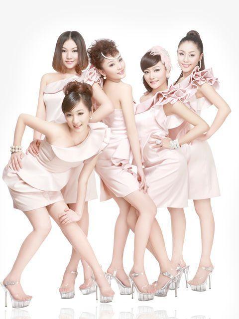 青春美少女组合曾引领亚洲女团? 成团25周年开创新综艺《青春美学院》