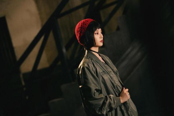 徐艺洋空降《萌探探探案》化身卧底警花 玛蒂尔达造型抢眼惊艳