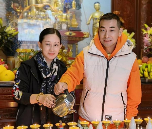 赵文卓张丹露夫妇为河南捐款50万 发文祈福:一方有难八方支援