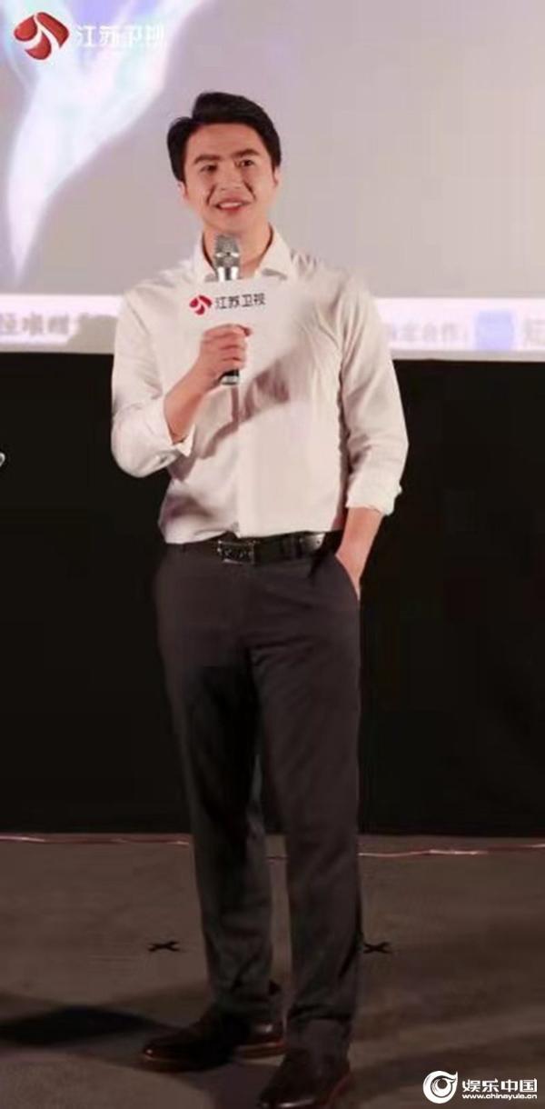 """《超脑少年团》抢先看片获媒体热捧 魏坤琳陈铭助少年解锁""""未来力"""""""