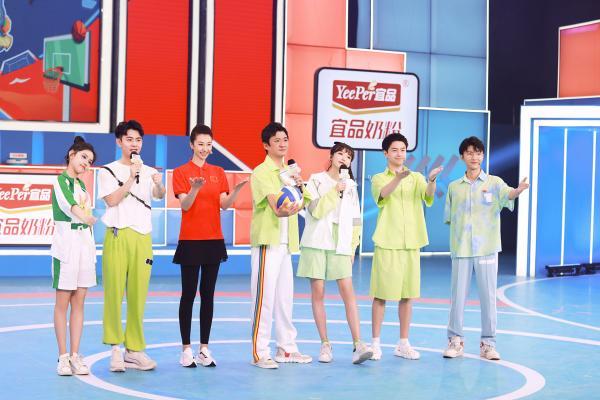 中国女排自由人李颖解说展现专业水准 长春队小将奋力救球尽显风采