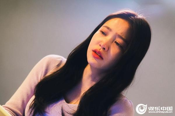 金艺琳(Red Velvet成员YERI)出演《Blue Birthday》剧照 02.jpg