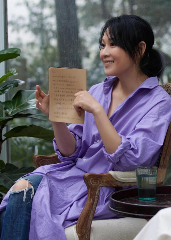 """刘若英《念念青春》畅谈青涩记忆 与恩师张艾嘉回望""""少女小渔成长记"""