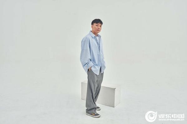 张磊全新专辑作品陆续释出 新歌尝试摇滚风格释放别样自我