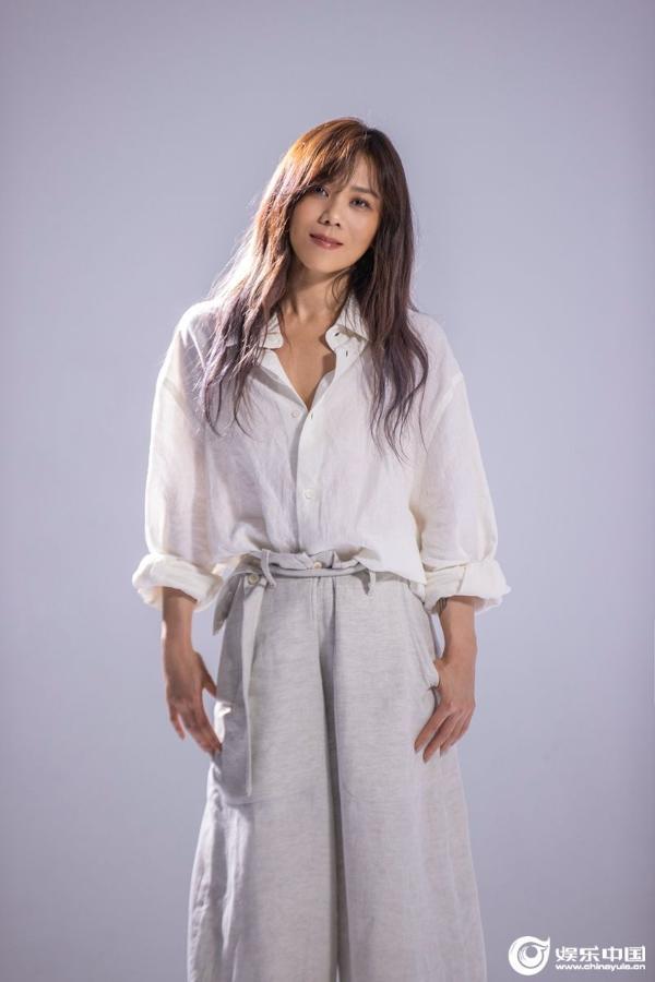 蔡健雅最新单曲《Photographs》合作法国女歌手Carla Bruni 百余家媒体线上见证欧亚大同框