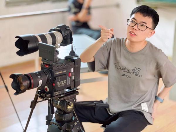 纪录片《成长纪念》完成拍摄,2022年暑期上映