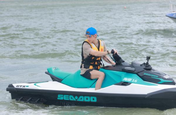 《完美的夏天2》海岛迷你运动会开赛 李汶翰于小彤利路修各展风采