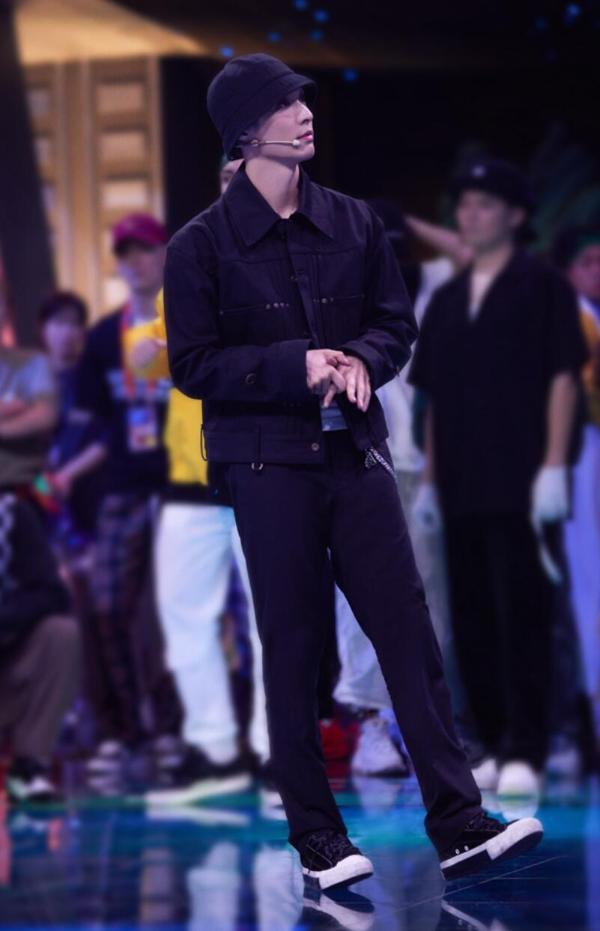 張藝興《這就是街舞4》解鎖多面舞風 popping舞臺再度燃炸全場