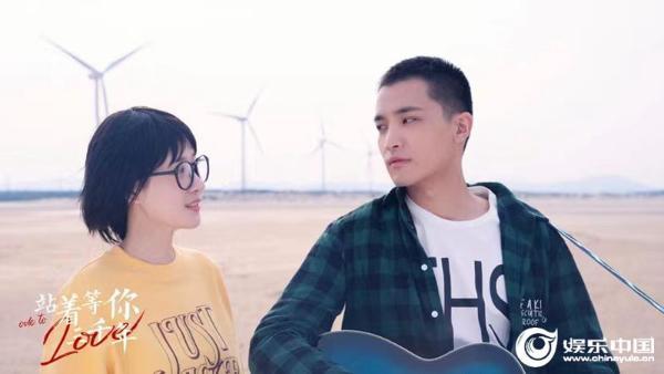 影片《站着等你三千年》赏识——福建电影制片厂 洪群