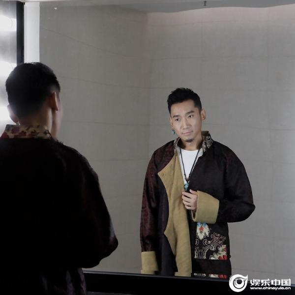 藏族天籁歌手扎西平措 音乐风格多变佳作不断新歌筹备中