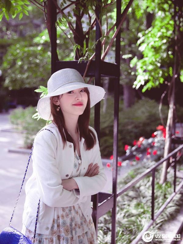 """""""音乐小仙女""""刘雪婧原创新歌《杜莎夫人》魅惑嗓音诠释女性力量"""