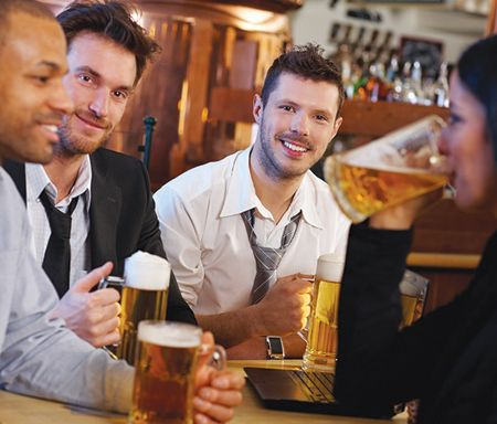高端啤酒抢夺年轻客群