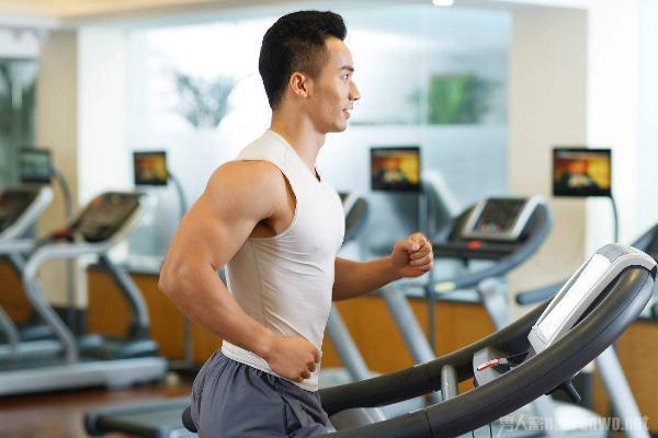 想要成为魅力型男吗 男士健身计划方案送给你