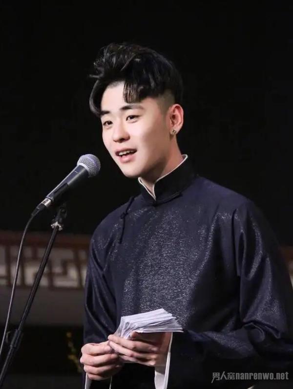 辫儿哥张云雷 弘扬中国传统文化 大展曲艺艺术