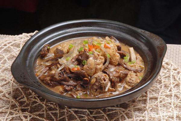 东北地道特色美食 让你忍不住再来一口的味道