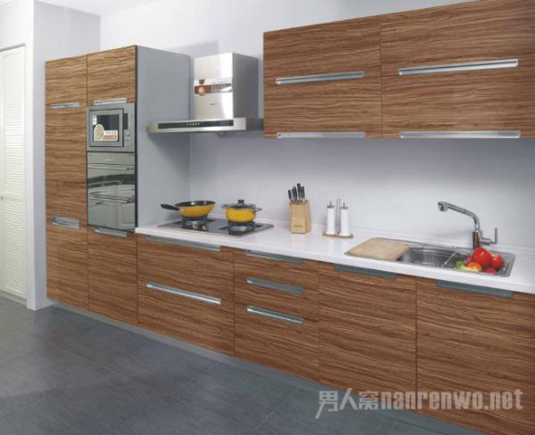 厨房水槽的安装方式哪种好?台下盆怎么安装才牢固?