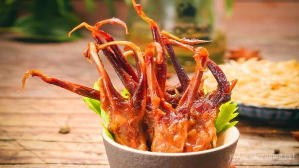 受老外欢迎的中国零食 辣条上榜 最后一种越吃越香