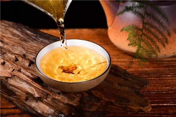 怎么辨别普洱茶的香气?