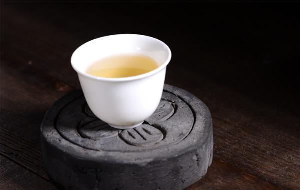 茶叶是碱性还是酸性,多喝茶有哪些好处?
