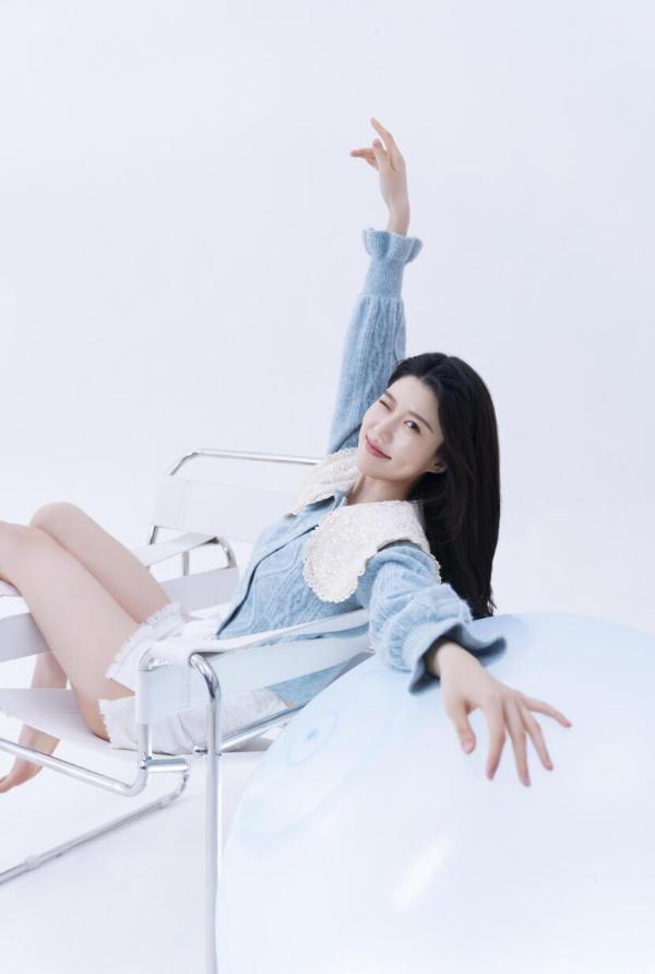 陈西雅清纯系写真曝光 释放甜美青春气息
