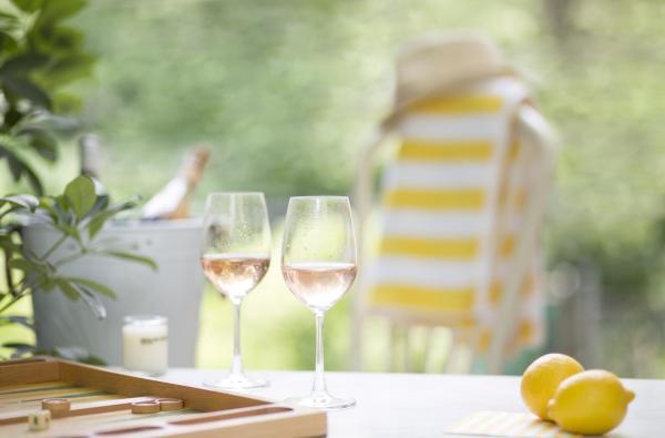 """艾美酒店""""艳阳之下""""全球计划邀请宾客于全年尽享欧式夏日趣致风情"""